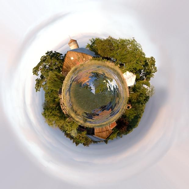 Hall-Rd-Barn-Planet